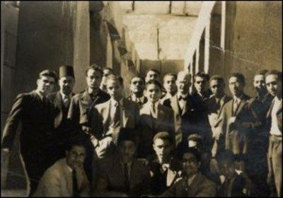 WD Lamont with his class at Cairo University