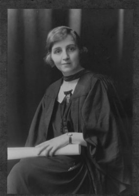 Frances Deans Young, graduation 1924