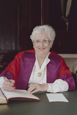 Lady Marion Fraser honorary degree 1995